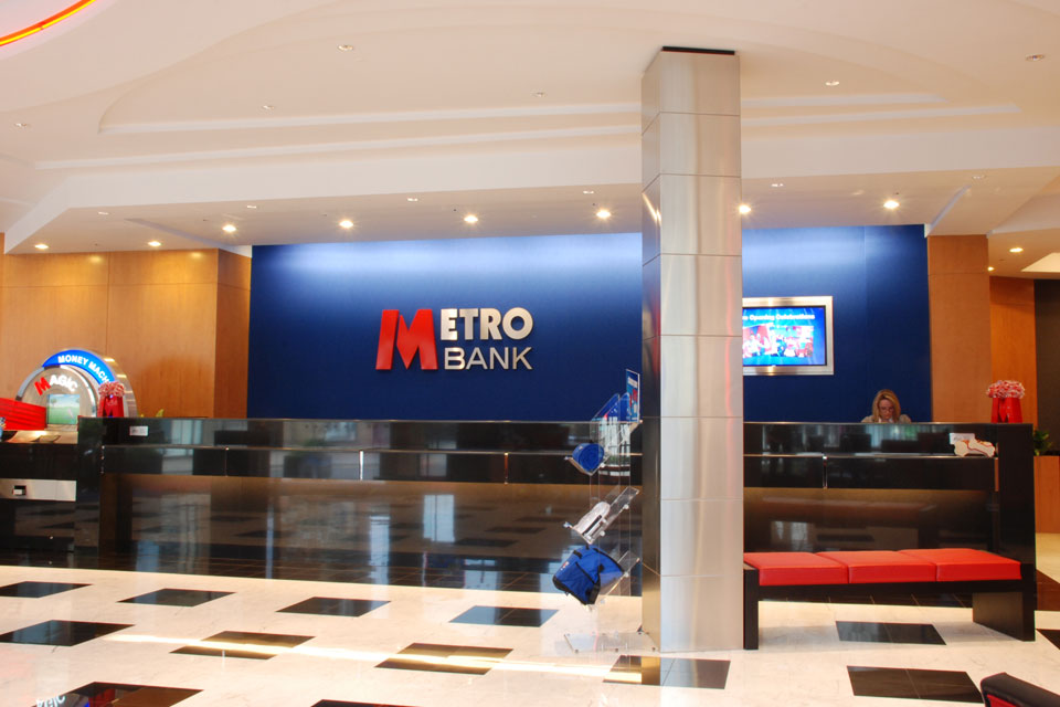 Metro bank fit out