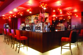 Q Hotels - Ashford International