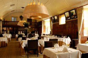 The-lygon-arms-dining-room.jpg