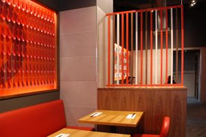 ippudo-canary-wharf-interior-decor.jpg