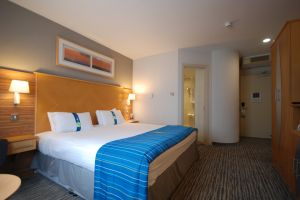 aston-hotel-darlington-bedroom-2.jpg