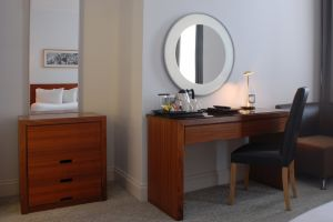 hilton-brighton-dressing-table.jpg