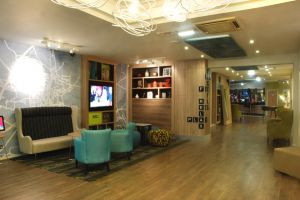 aston-hotel-darlington-reception.jpg