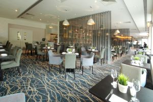 hilton-coventry-dining-seating.jpg