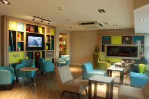 aston-hotel-darlington-lounge-room.jpg