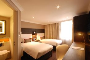Hilton Doubletree Ealing - Bedrooms